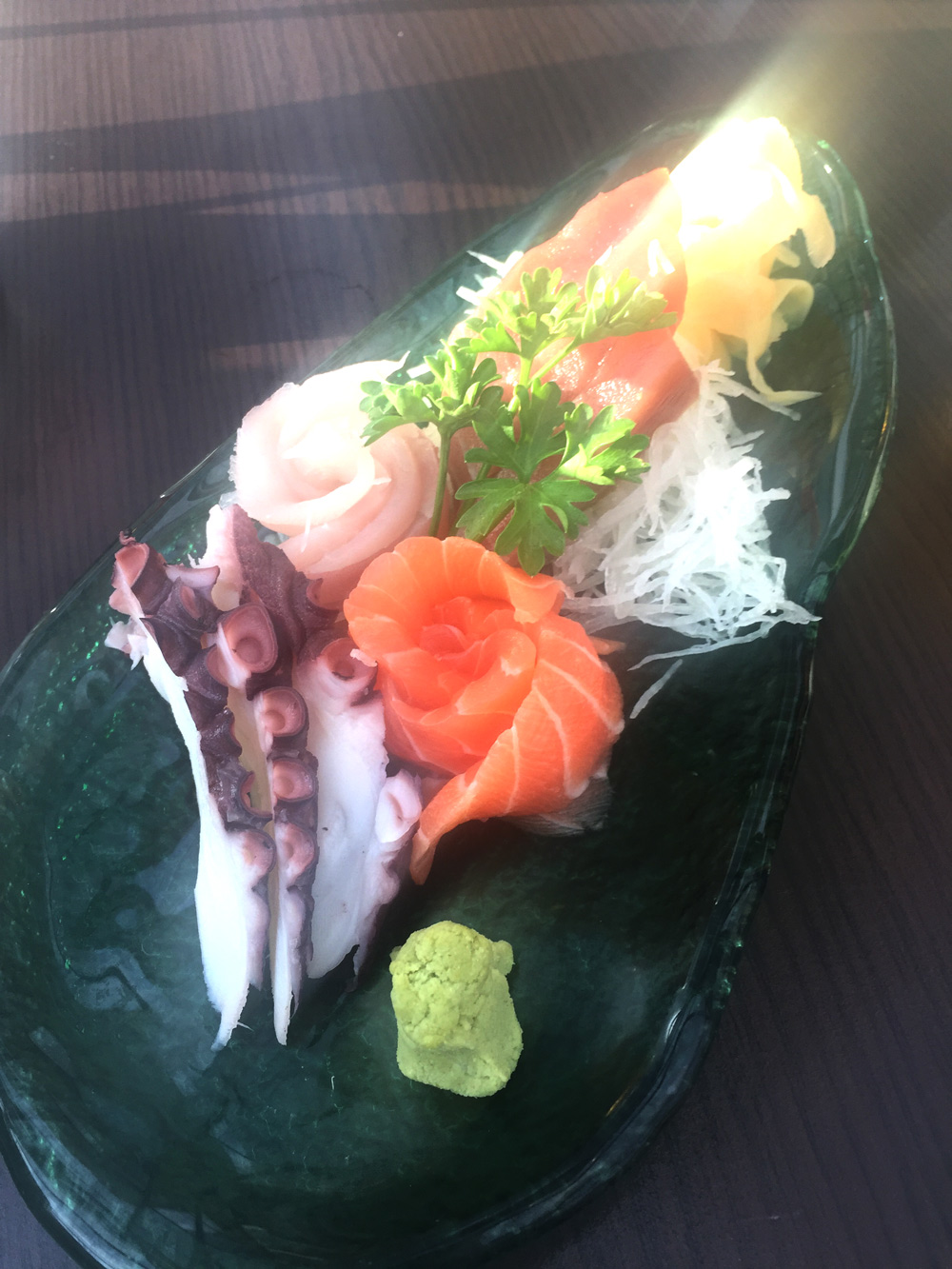 temple-lounge-sashimi