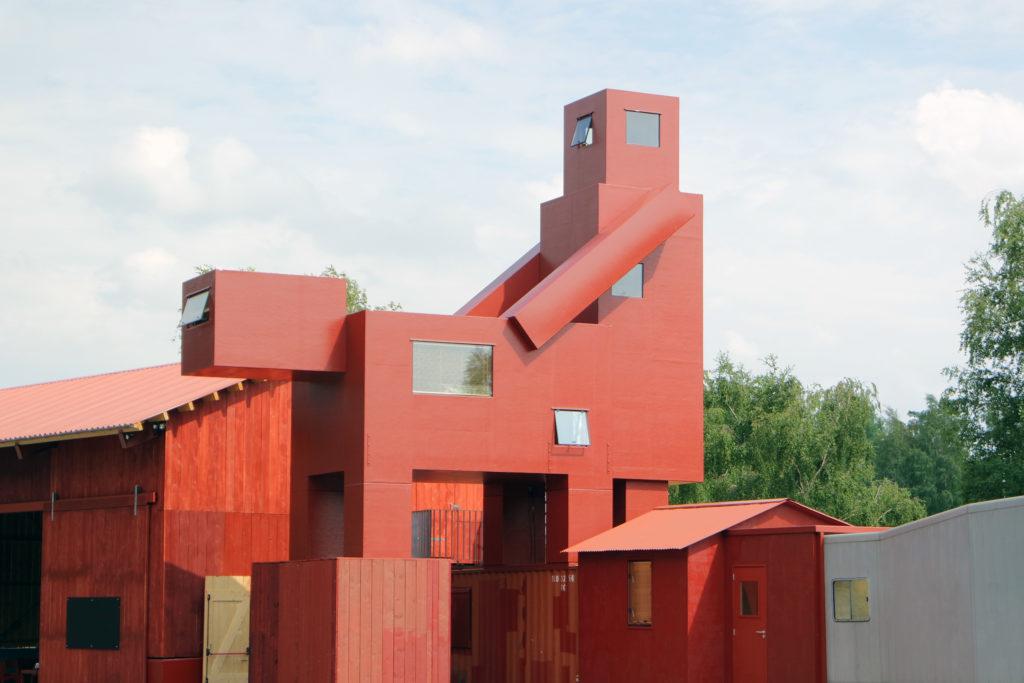 Atelier Van Lieshout.